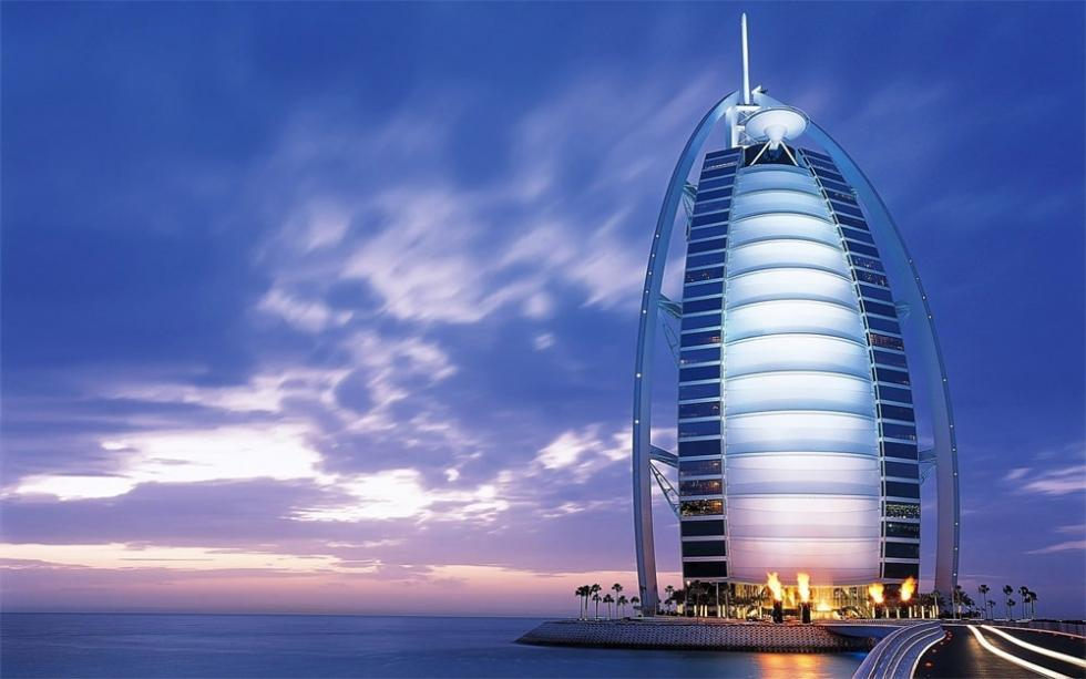 Burj Al Arab یک هتل 7 ستاره در دبی، امارات متحده عربی