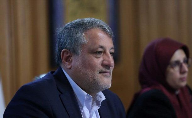 گزارشی ازدستگیری شهردارناحیه 4 منطقه 12 ندارم، باقانون منع بکارگیری بازنشستگان بازی سیاسی نکنیم