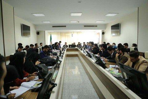 از نداشتن رسمیت در دانشگاه تا محدود بودن دایره اختیارات شوراهای صنفی