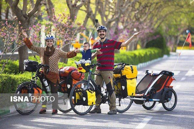 سفر دو نفر و نصفی با دوچرخه در جاده های ایران