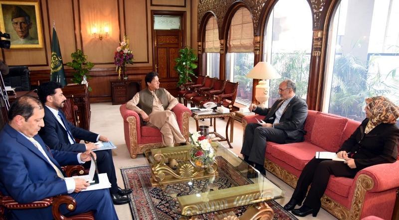 سفیر ایران در اسلام آباد با عمران خان دیدار کرد