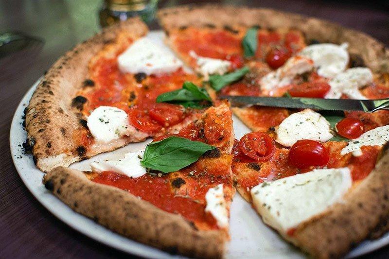 لذت سفر به ایتالیا در این غذاهای خوش طعم