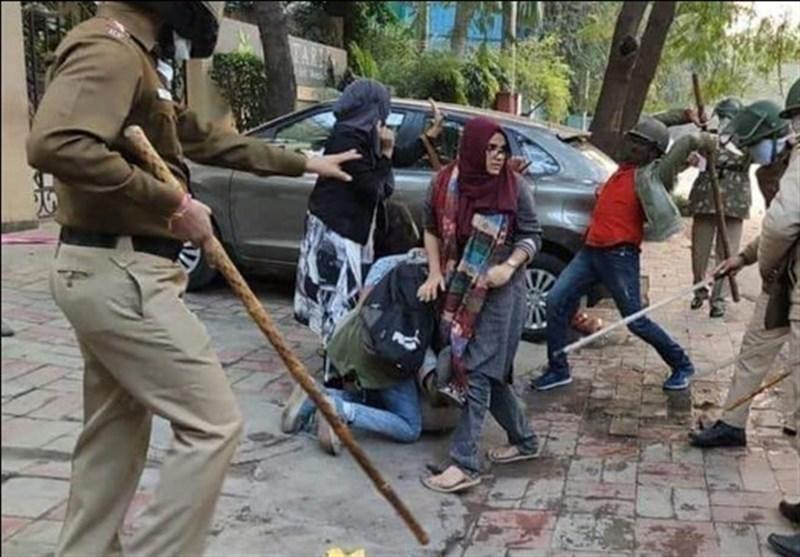 حمله نظامیان هندی به دانشجویان مسلمان در شهرهای مختلف
