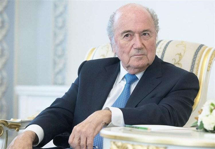 نقش رئیس جمهوری فرانسه در رسیدن میزبانی جام جهانی به قطر