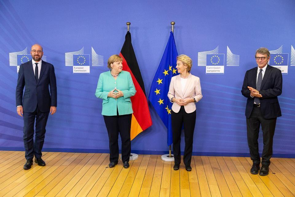 سران اروپا با بسته 750 میلیارد یورویی مقابله با کرونا موافقت کردند