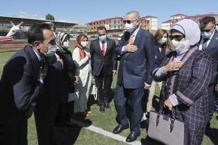 کیف فرانسوی همسر اردوغان جنجال برانگیز شد