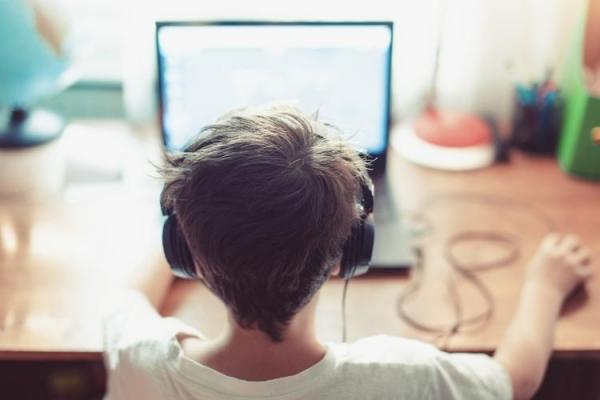 بهترین هدست، هندزفری و وب کم برای کلاس آنلاین و دورکاری