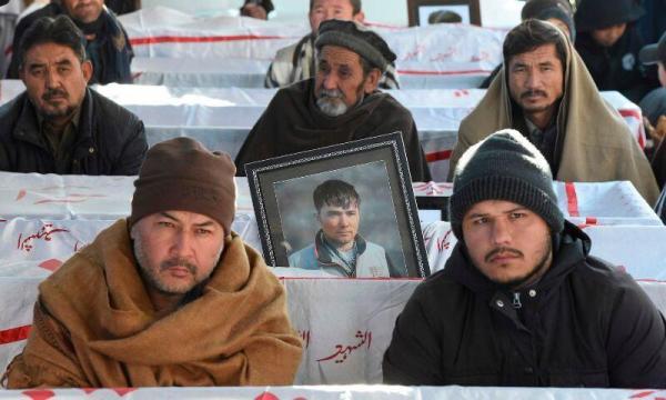 خبرنگاران تحصن بازماندگان قربانیان معدنچی پاکستان سرانجام یافت