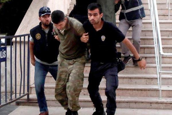 ترکیه 130 نظامی را به ظن ارتباط با جنبش گولن بازداشت کرد خبرنگاران