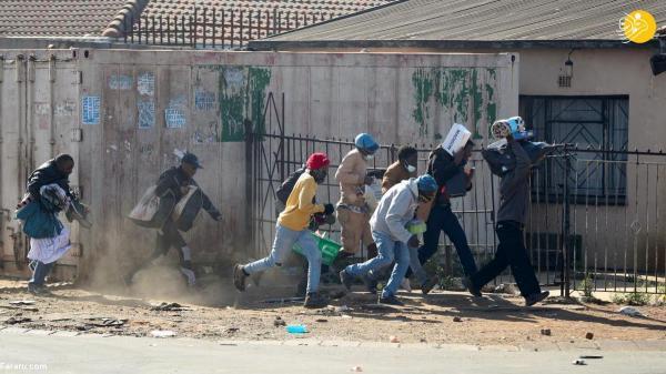 (تصاویر) شورش و غارت بی سابقه در آفریقای جنوبی