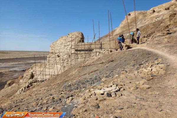 شروع بازسازی کوه خواجه شهرستان هامون